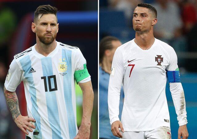 لاعبا كرة القدم ليونيل ميسي وكريستيانو رونالدو