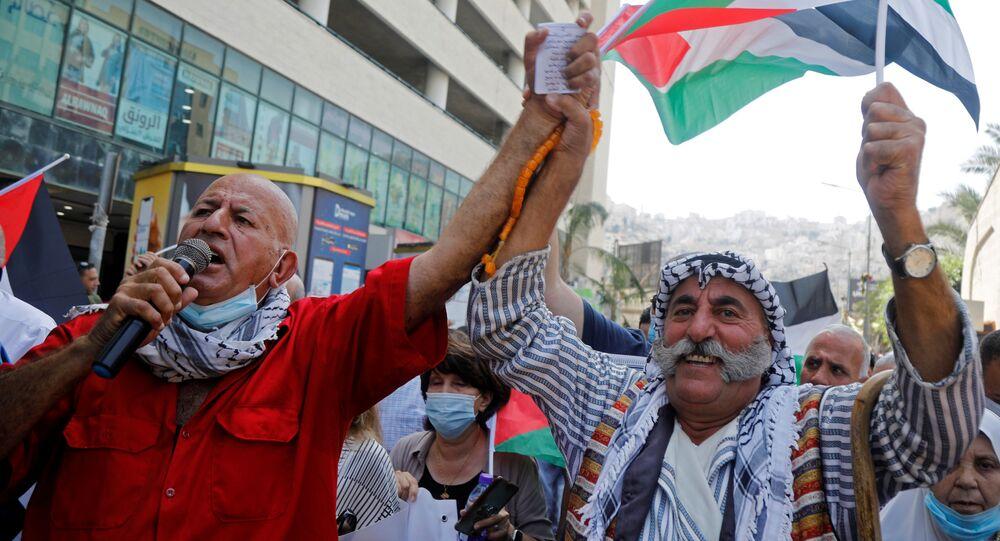 لأخبار التطبيع - احتجاجات على تطبيع العلاقات بين إسرائيل و الولايات المتحدة و البحرين و الإمارات، في الضفة، 15 سبتمبر 2020