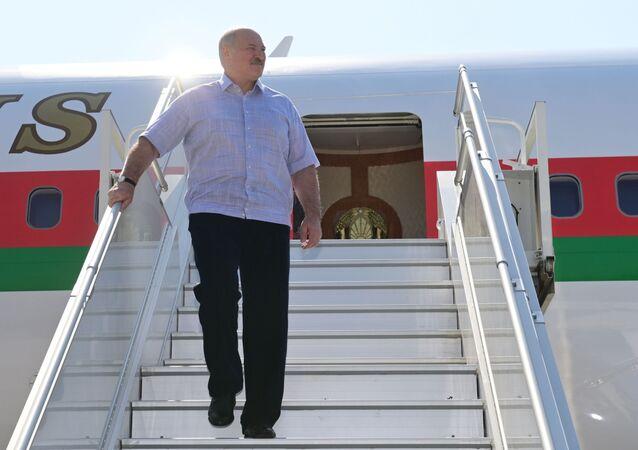 الرئيس البيلاروسي ألكسندر لوكاشينكو يصل مطار سوتشي، روسيا 14 سبتمبر 2020