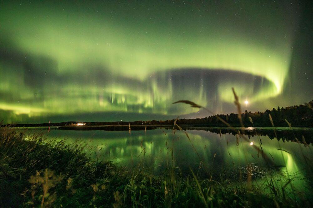 رؤية الشفق القطبي في روفانييمي، فنلندا 13 سبتمبر 2020