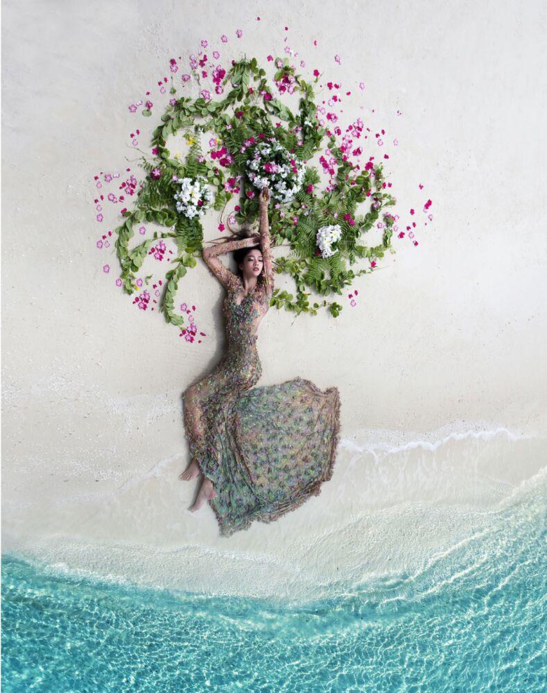 صورة بعنوان عروس استوائية، للمصور محمد أزميل، الفائزة في فئة الزفاف من مسابقة جوائز التصوير بواسطة الدرون لعام 2020