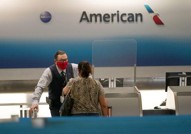 شركة أميركان إيرلاينز من كبرى شركات الطيران المدني في أمريكا