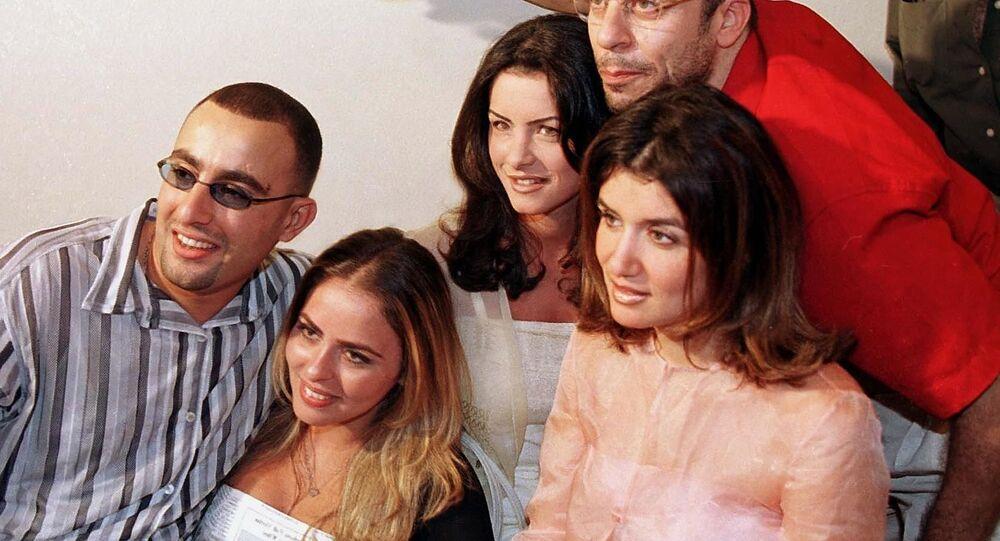 الفنان المصري أحمد السقا وزوجته مها الصغير مع الفنانين شريف منير وغادة عادل ونور