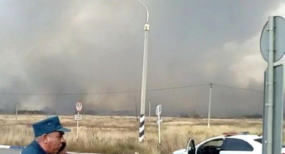 منطقة الحريق الذي اندلع في مخزن للأسلحة في مقاطعة ريازان، روسيا 7 أكتوبر 2020