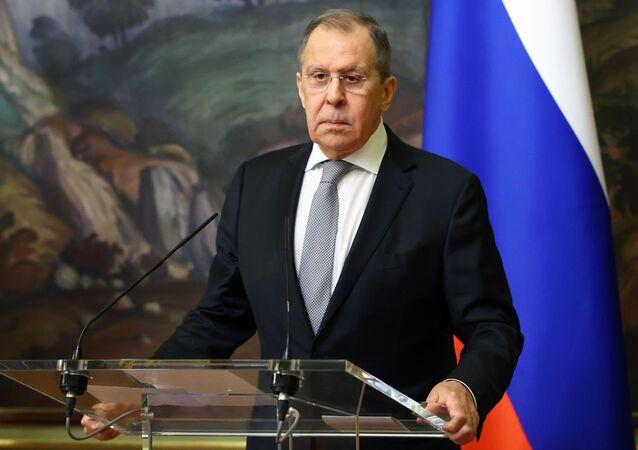 وزير الخارجية الروسي سيرغي لافروف ووزير الخارجية الأرمني زهراب ناتساكانيان في موسكو، 12 أكتوبر 2020