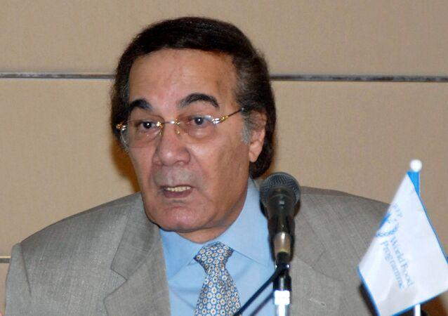 الفنان المصري محمود ياسين