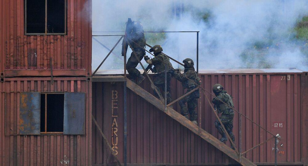 تدريبات الأخوة الدائمة 2020، في إطار التدريبات العسكرية لمنظمة معاهدة الأمن الجماعي، في حقل لوسفيدو بالقرب من مدينة فيتيبسك، قوات الجيش البيلاروسي، بيلاروسيا 16 أكتوبر 2020