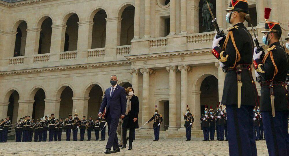 رئيس مجلس الوزراء العراقي القائد العام للقوات المسلحة، مصطفى الكاظمي، يصل فرنسا، 18 كتوبر 2020