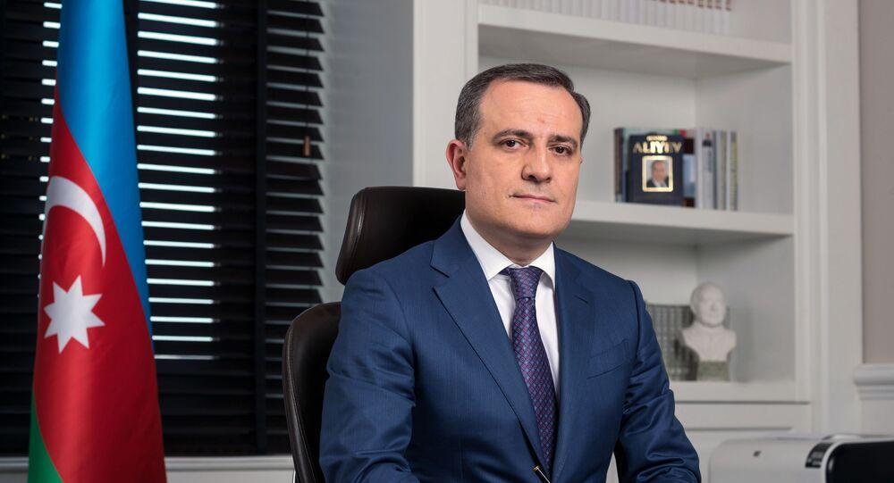 وزير الخارجية الأذربيجاني جيهون بيراموف