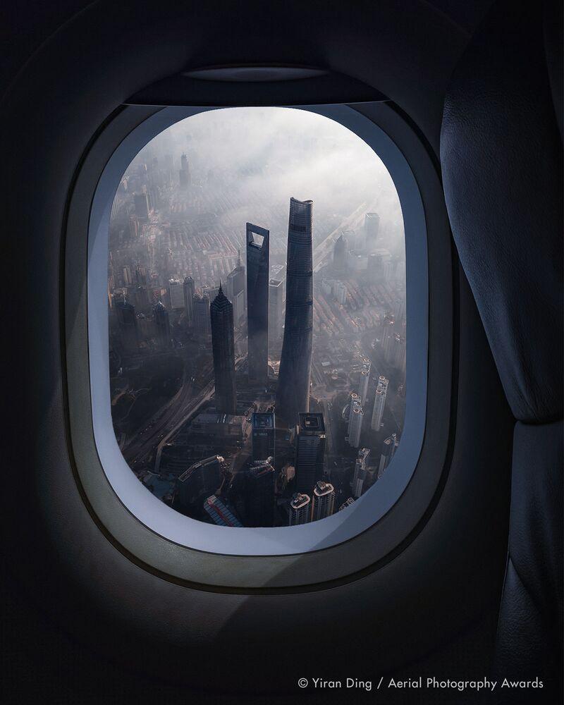 صورة بعنوان شانغهاي، للمصور الصيني يران دينغ، الفائزة في فئة التصوير السفر من مسابقة جوائز التصوير الجوي لعام 2020