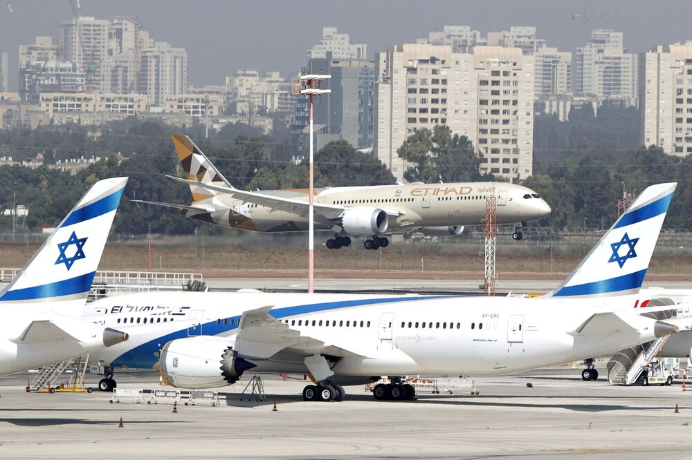 وصول أول وفد حكومي إماراتي إلى إسرائيل، مطار بن غوريون الدولي، تل أبيب 20 أكتوبر 2020