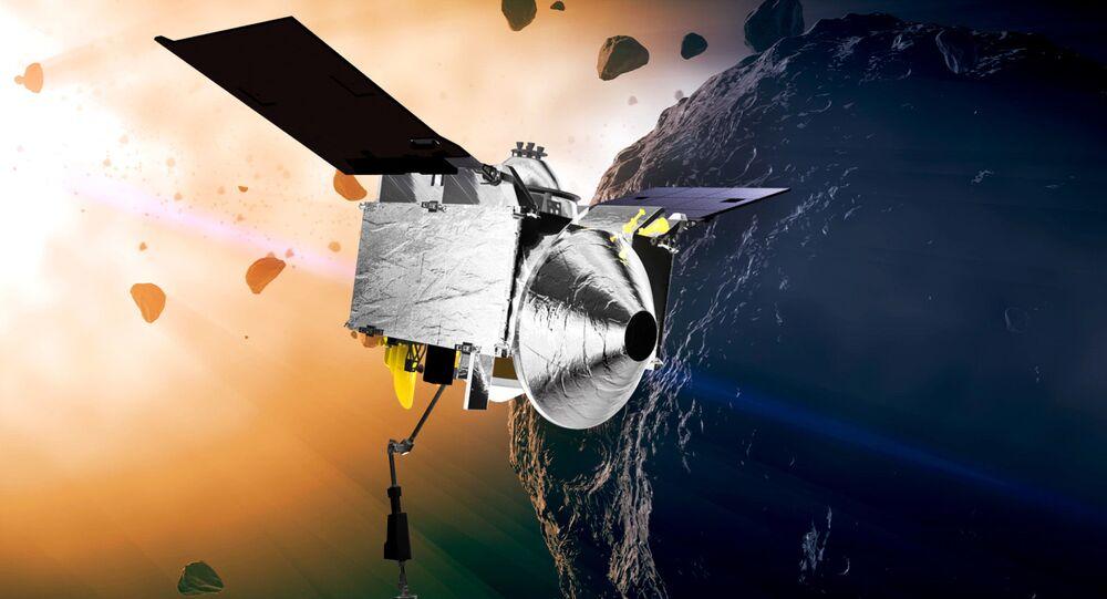 مركبة الفضاء أوزوريس ريكس التي شيدتها  ناسا للهبوط على كويكب بينو