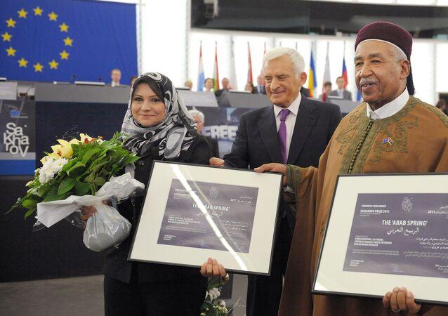 تكريم أسماء محفوظ بجائزة ساخاروف