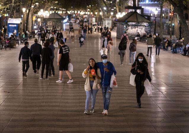 الحياة الليلية في ظل وباء كورونا، برشلونة، إسبانيا أكتوبر 2020