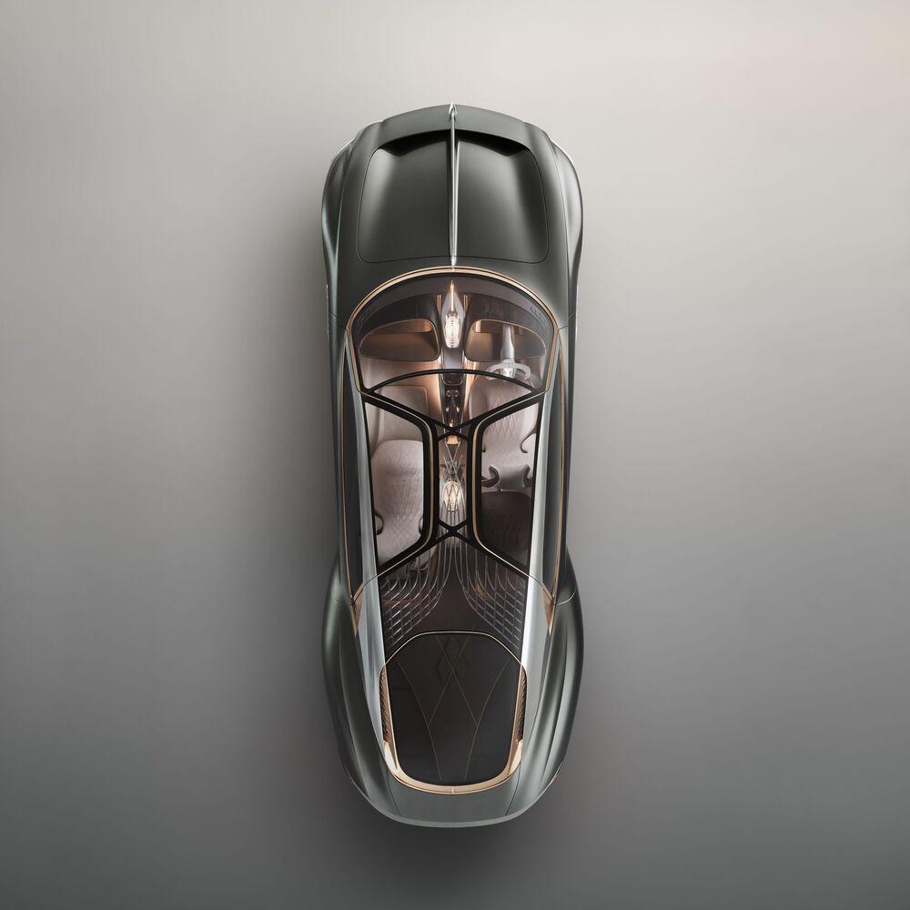 صورة بعنوان مستقبل مستدام لوسيلة نقل فاخرة، للمصور البريطاني مايك دود، التي فازت في فئة مصور إعلانات لهذا العام للمصورين المحترفين في مسابقة جوائز التصوير الدولية 2020