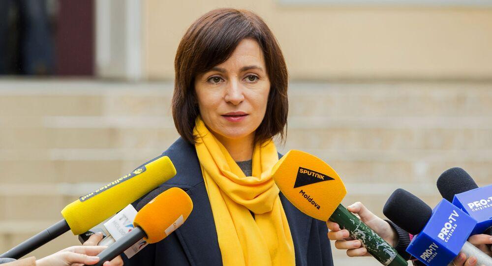 زعيمة حزب العمل والتضامن المعارض، مايا ساندو