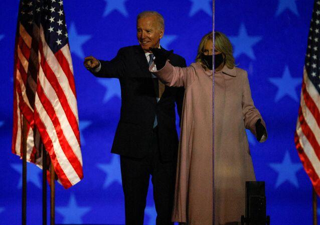 الانتخابات الرئاسية الأمريكية �2020، جو بايدن وزوجته جيل بايدن، 4 نوفمبر 2020