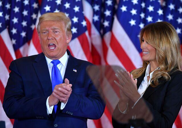 الانتخابات الرئاسية الأمريكية �2020، دونالد ترامب وزوجته ميلانيا ترامب، 4 نوفمبر 2020