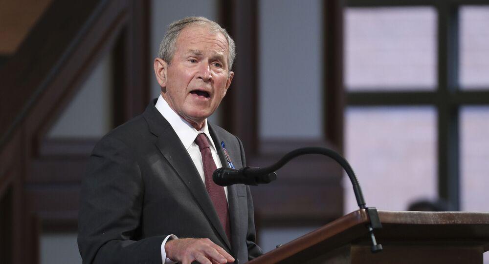 الرئيس الأمريكي الأسبق جورج بوش