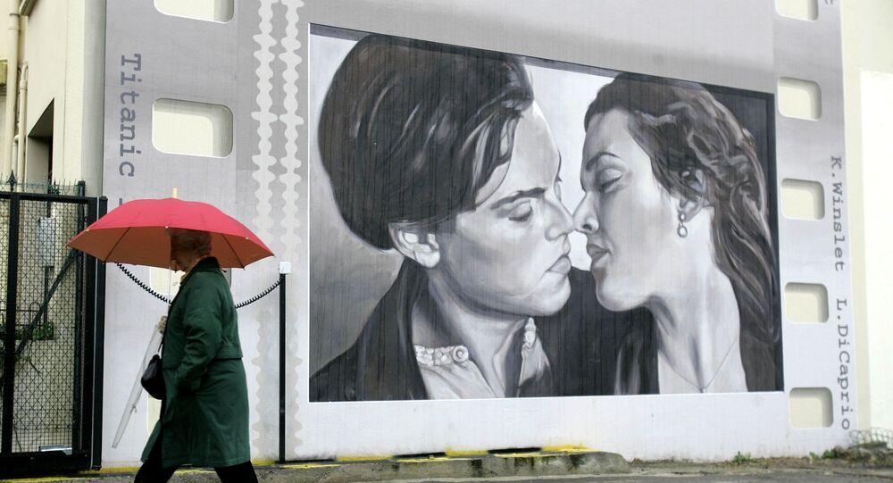 لافتة لمشهد من فيلم تايتانيك