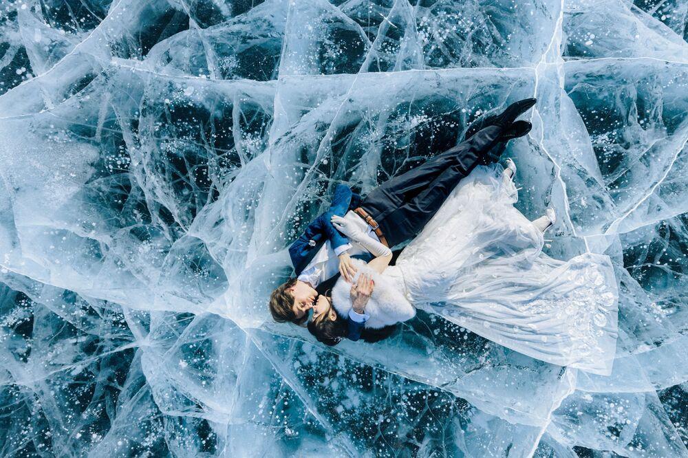 تصوير المصورة الروسية يكاتيرينا موخينا، المتأهلة إلى النهائي فئة التصوير موقع ملحمي من المسابقة الدولية مصور الزفاف لعام 2020