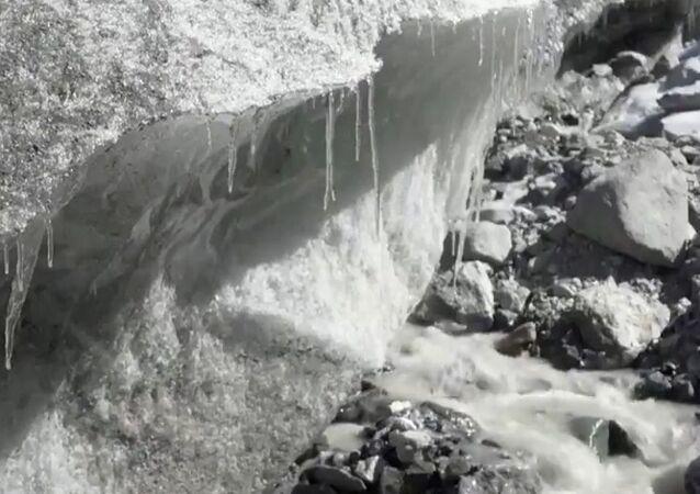 ذوبان ألواح الجليد في الصين