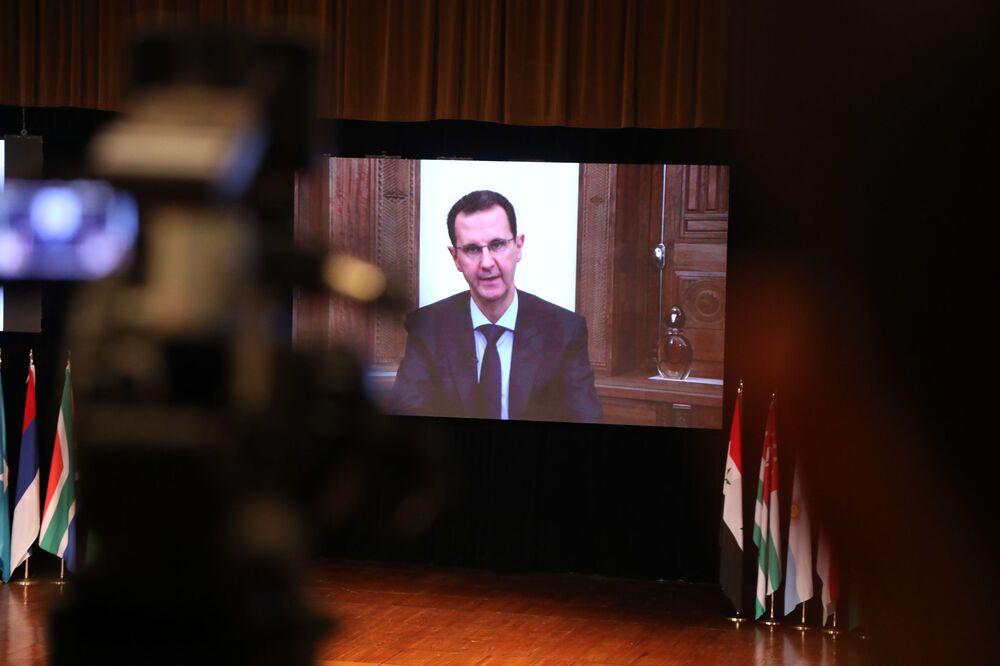 الرئيس السوري بشار الأسد يفتتح  المؤتمر الدولي حول عودة اللاجئين في دمشق، القصر الأموي 11 نوفمبر 2020
