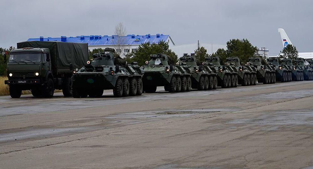 إرسال قوات حفظ السلام الروسية إلى قره باغ، بعد توقيع اتفاق لإنهاء الحرب بين أرمينيا وأذربيجان، نوفمبر 2020