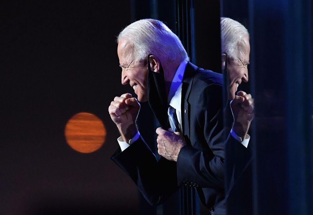 الرئيس الأمريكي المنتخب جو بايدن عقب إعلان نتائج التصويت في الانتخابات الرئاسية الأمريكية 2020، ويلينغتون، ديلاور 7 نوفمبر 2020