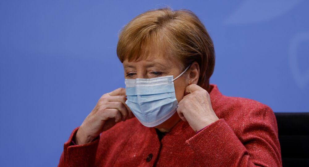 المستشارة الألمانية أنغيلا ميركل الاثنين 16 نوفمبر تشرين الثاني 2020