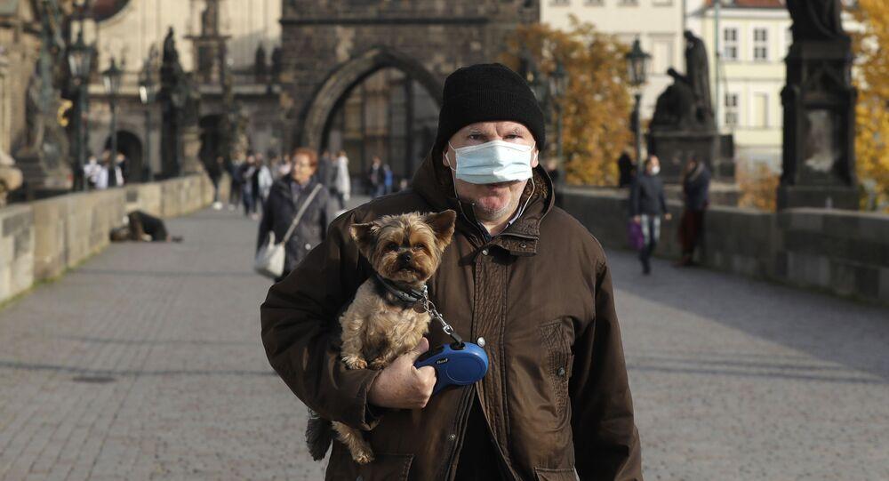 لأخبار كورونا في دول أوروبا والعالم - الإغلاق التام في براغ، التشيك