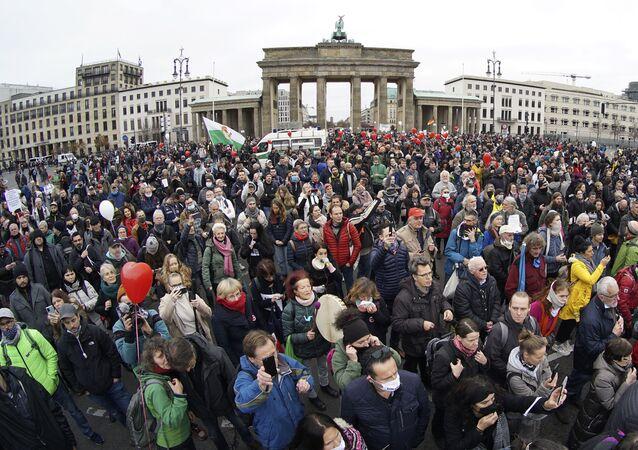مظاهرات في برلين ضد اجراءات الحجر الصحي