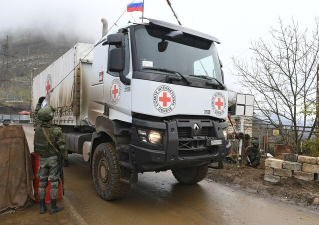 حاجز (نقطة المراقبة) تابع لـ قوات حفظ السلام الروسية في ممر لاتشين، قره باغ 18 نوفمبر 2020
