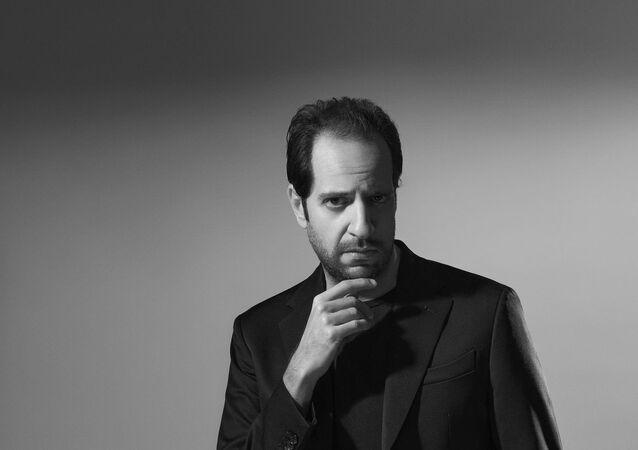 الفنان المصري، أحمد أمين