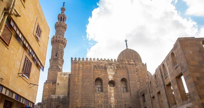 مسجد السلطان قايتباي في صحراء المماليك - القاهرة