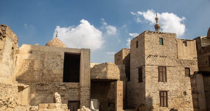 المنطقة المحيطة بمسجد السلطان قايتباي في صحراء المماليك - القاهرة