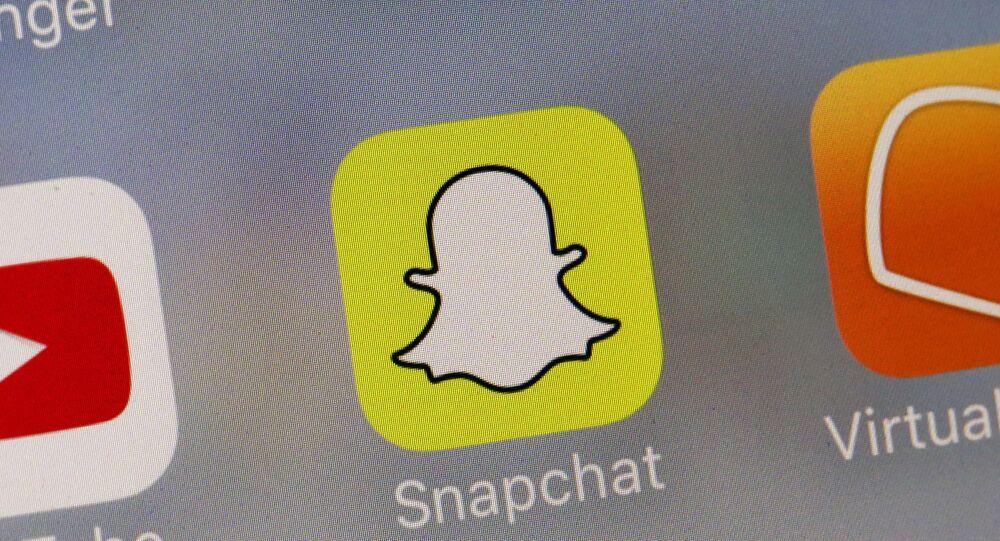 تطبيق سناب شات للتواصل الاجتماعي