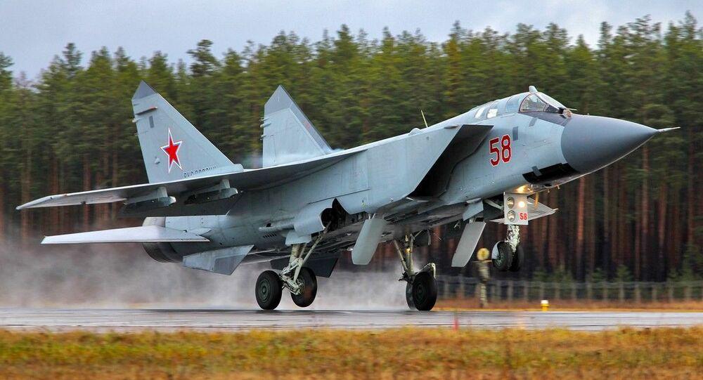 مناورات الطيران الحربي الروسي لمقاتلات «سو-25» و «ميغ- 31» التابعة للمنطقة الغربية لشرق روسيا، في مقاطعة تفير، 23-24 نوفمبر 2020