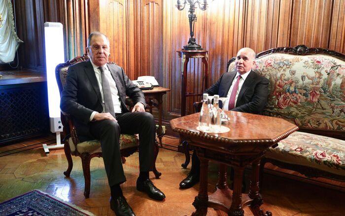 وزير الخارجية الروسي سيرغي لافروف ونظيره العراقي فؤاد حسين