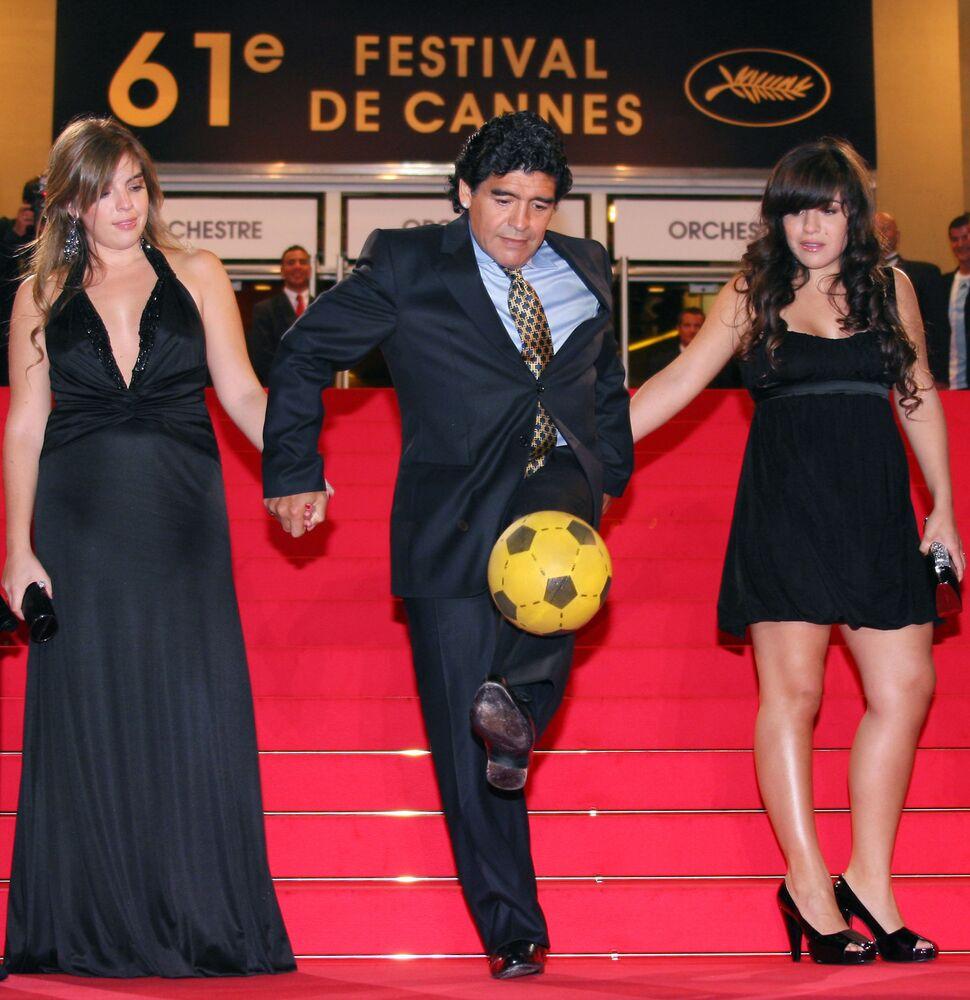 لاعب كرة القدم الأرجنتيني دييغو مارادونا، 2008