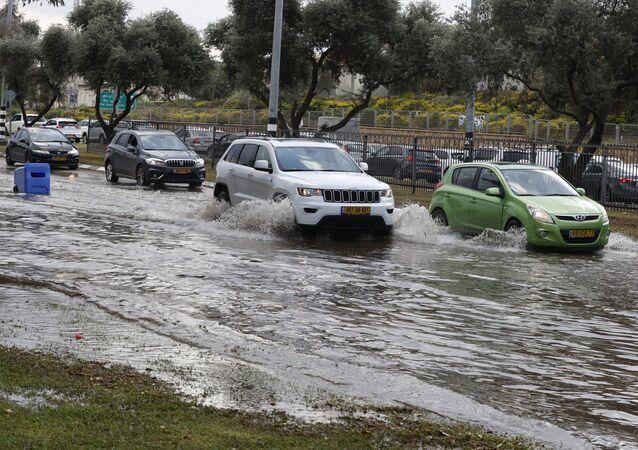 أمطار غزيرة في نتانيا، إسرائيل 20 نوفمبر 2020