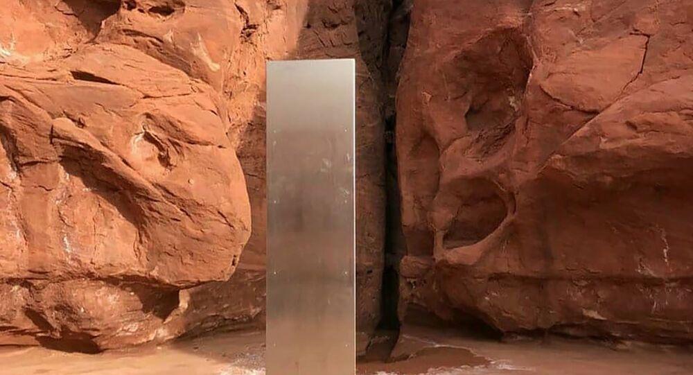 العثور على جسم غامض في الصحراء الأمريكية