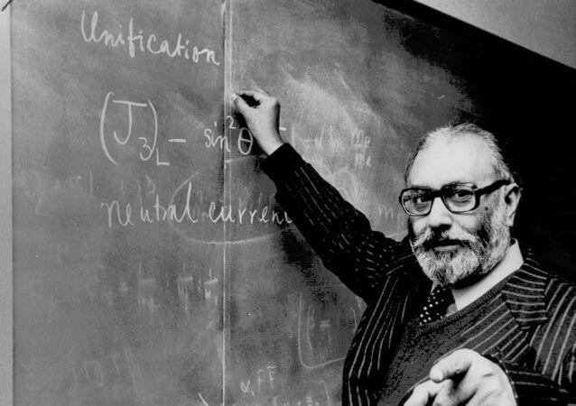بعالم الفيزياء الباكستاني الحاصل على جائزة نوبل محمد عبد السلام