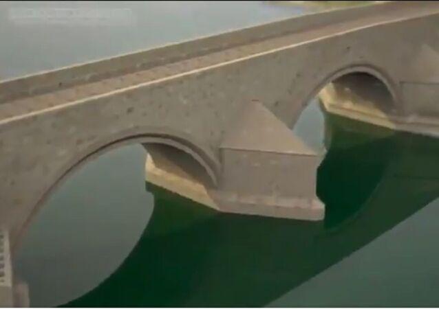إنشاء جسر في القرن الرابع عشر في براغ