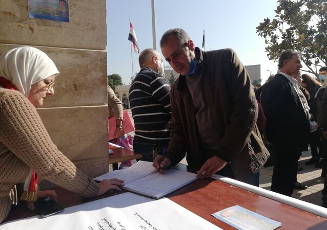 جمع التوقيعات في حلب لاستعادة هاتاي