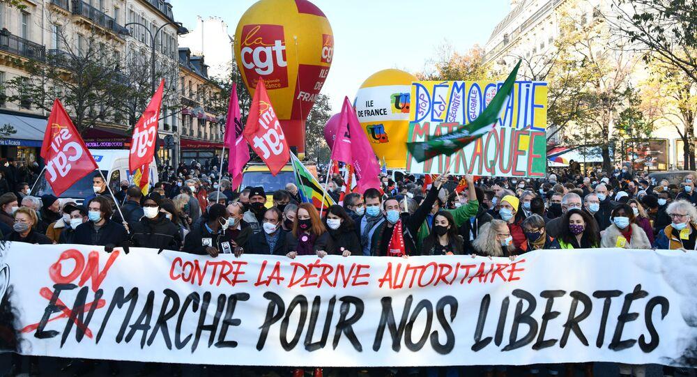 احتجاجات ضد عنف الشرطة في باريس، فرنسا، 28-29 نوفبمبر 2020