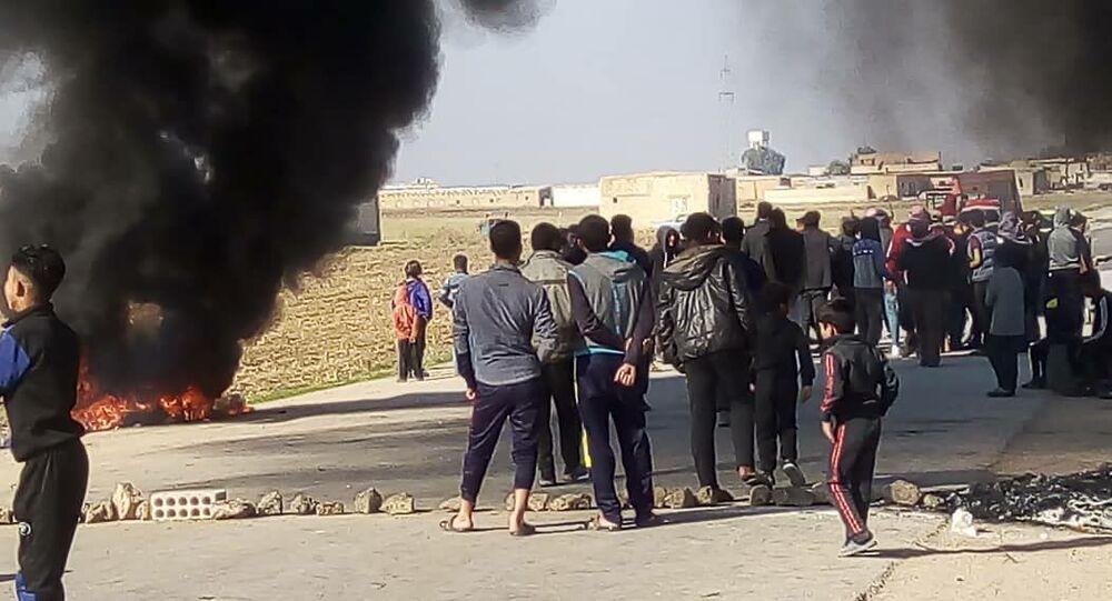 قبائل (الشرابين والمعامرة) تطالب برحيل الجيش الأمريكي عن مناطقها شرقي سوريا