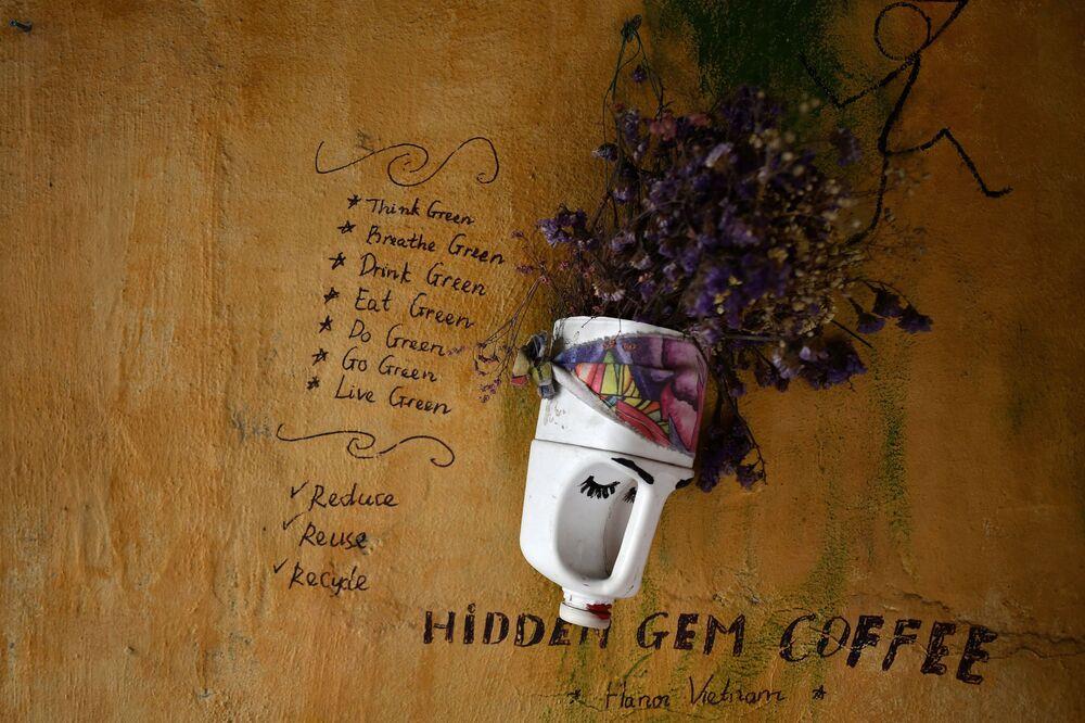 مقهى هايدن جيم كوفي في هانوي، فيتنام 25 نوفمبر 2020