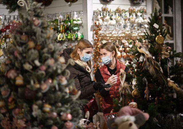 زينة أعياد الميلاد و رأس السنة في موسكو، 1 ديسمبر 2020