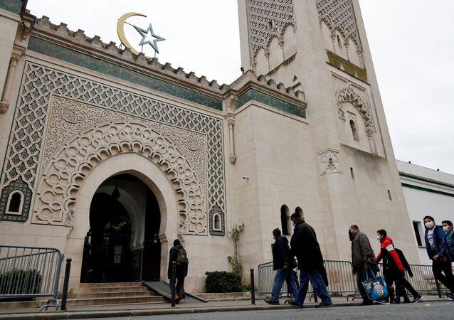 مسجد في فرنسا